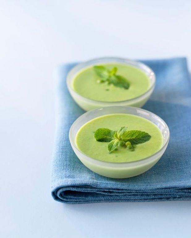 Soupe vert tendre à la noix de cajou