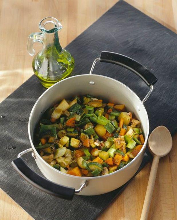 Soupe au porc et aux légumes