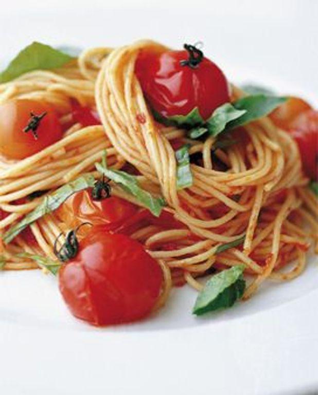 Spaghetti aux tomates-cerises grillées