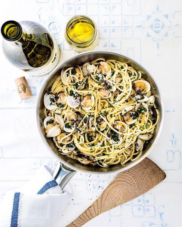 Spaghettis aux coques à l'ail