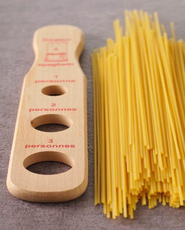 Spaghettis aux petits pois et au jambon