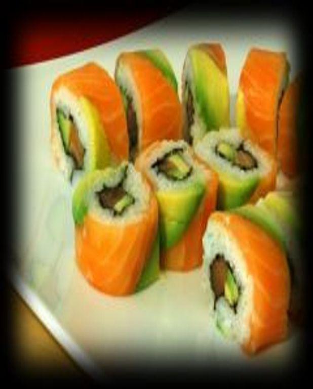 Sushi rolls avocat-crevette, crème de saumon fumé