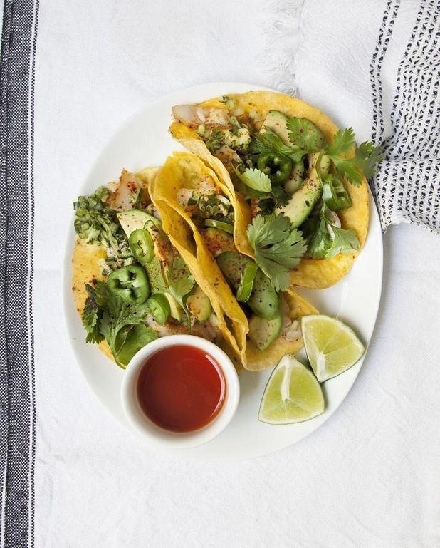Tacos au poisson, salsa de concombre