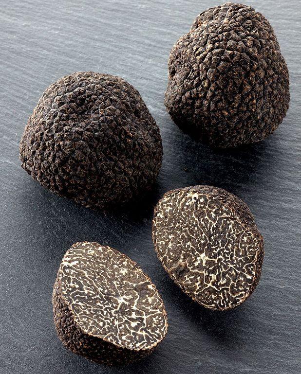 Tarte à la truffe noire de Shinichi Sato