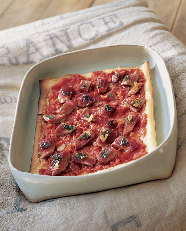 Tarte aux tomates confites et au thon mi-cuit