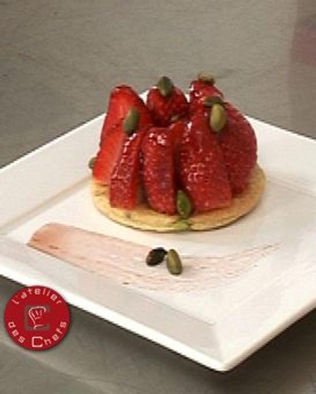 Tarte fine aux fraises et pistaches