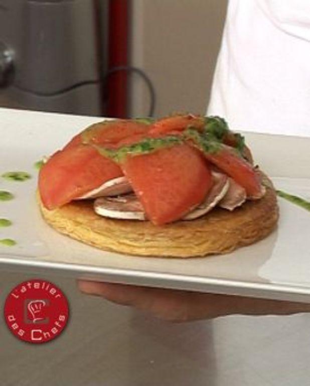 Tarte Fine Croustillante A La Tomate Et Champignons Jus De Persil