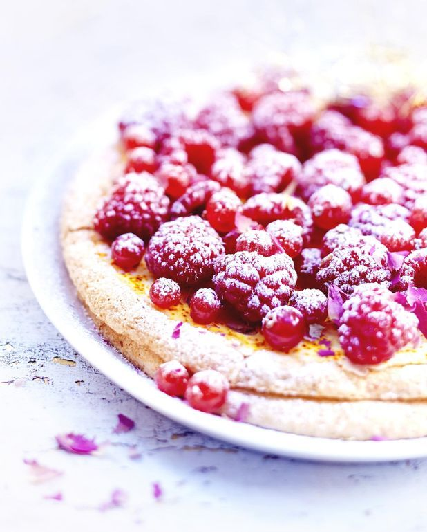 Tarte fruits rouges, rose et violette