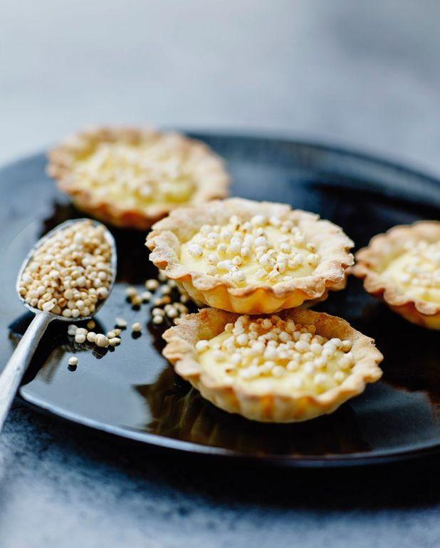 Tartelettes au citron, billes de quinoa soufflé