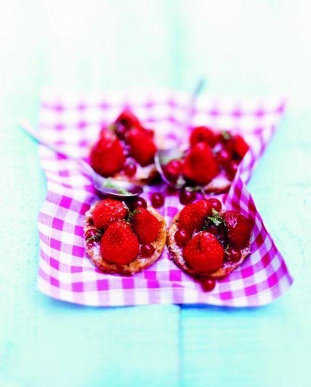 Tartelettes de pâte crue aux fraises