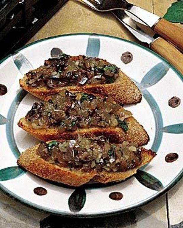 Tartine grillée à l'anchois frais