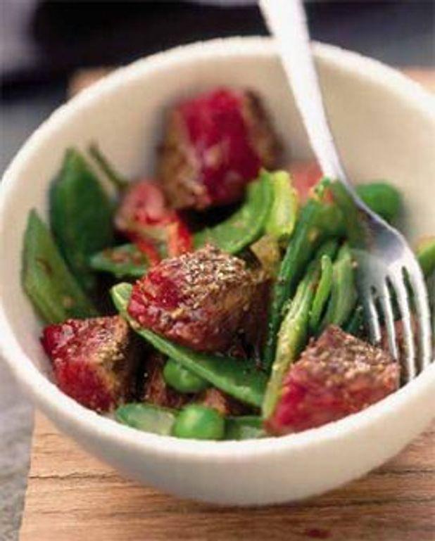 Tende de tranche et wok de légumes