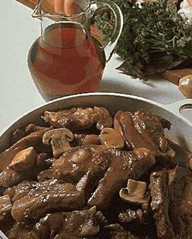 Tendrons de veau bordelaise pour 4 personnes recettes elle table - Cuisine bordelaise ...