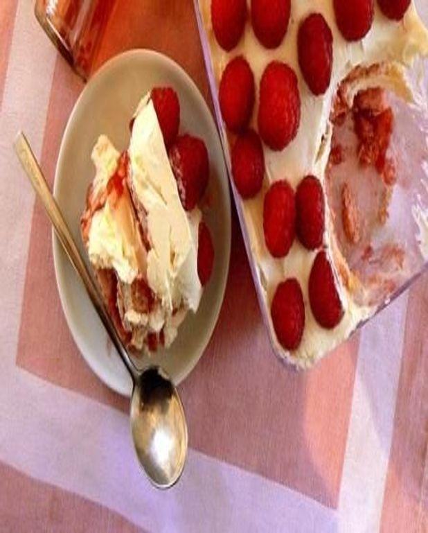 Tiramisu au champagne ros pour 10 personnes recettes elle table - Cuisine au champagne ...