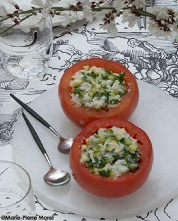 Tomates farcies aux courgettes et au crabe