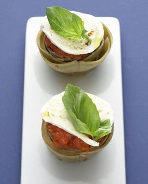 Tomates-mozza aux artichauts