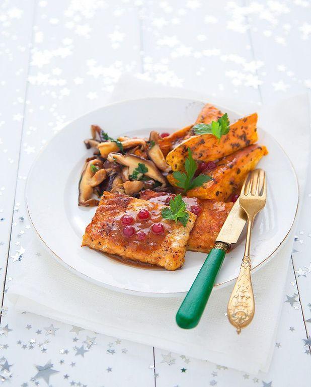 Tranches de tempeh, champignons et sauce gravy aux airelles