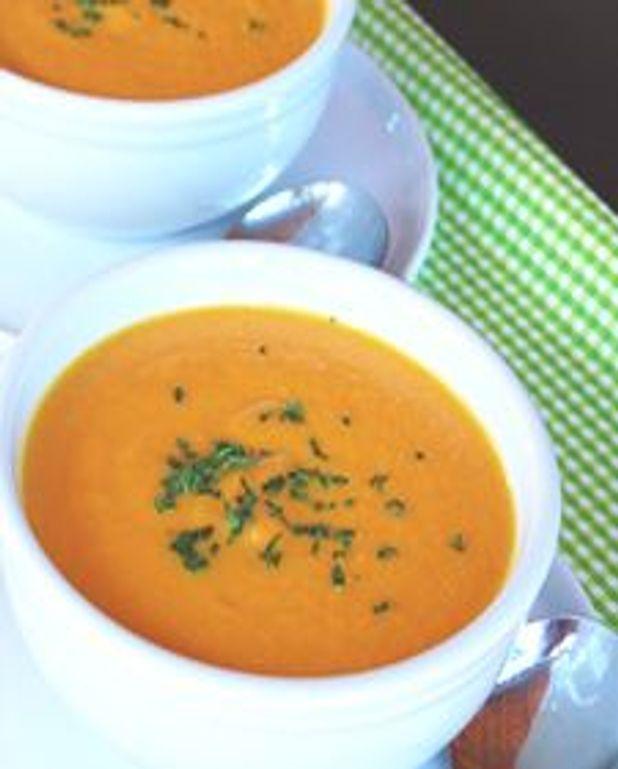 Velouté de carottes aux pommes et lait de coco