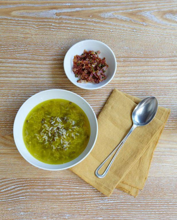 Velouté de riz et lentilles, lardons persillés