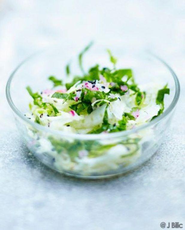 Salade de fenouil et épinards, sésame noir
