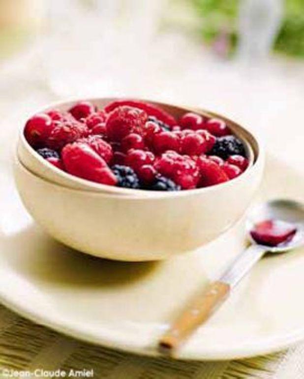 Soupe aux petits fruits à la bourguignonne