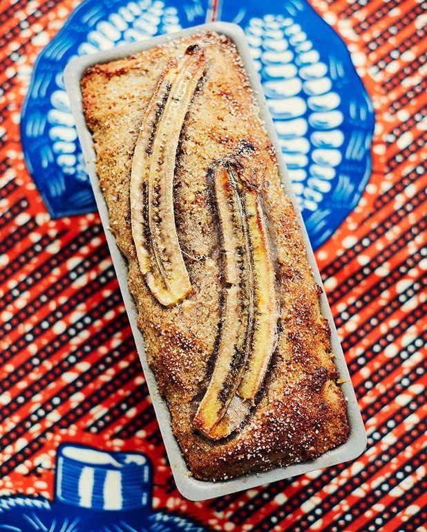 Banana bread au pain rassis et noix caramélisées