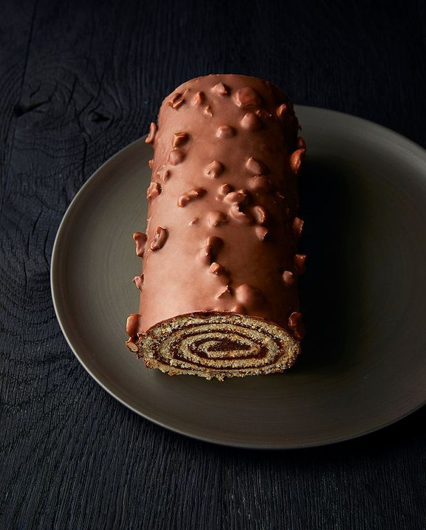Biscuit roulé chocolat-noisette