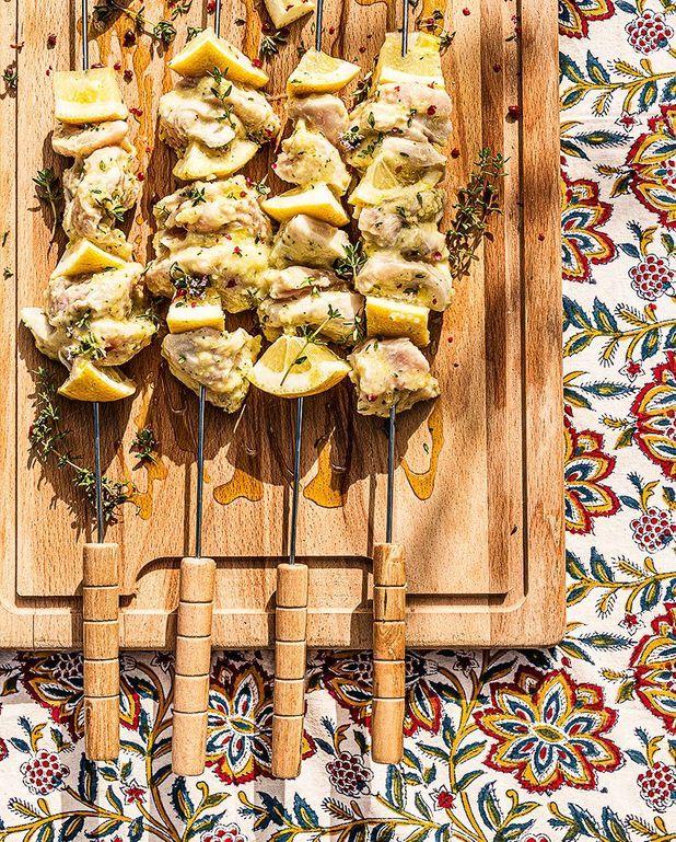 Brochettes de poulet au citron et citron confit