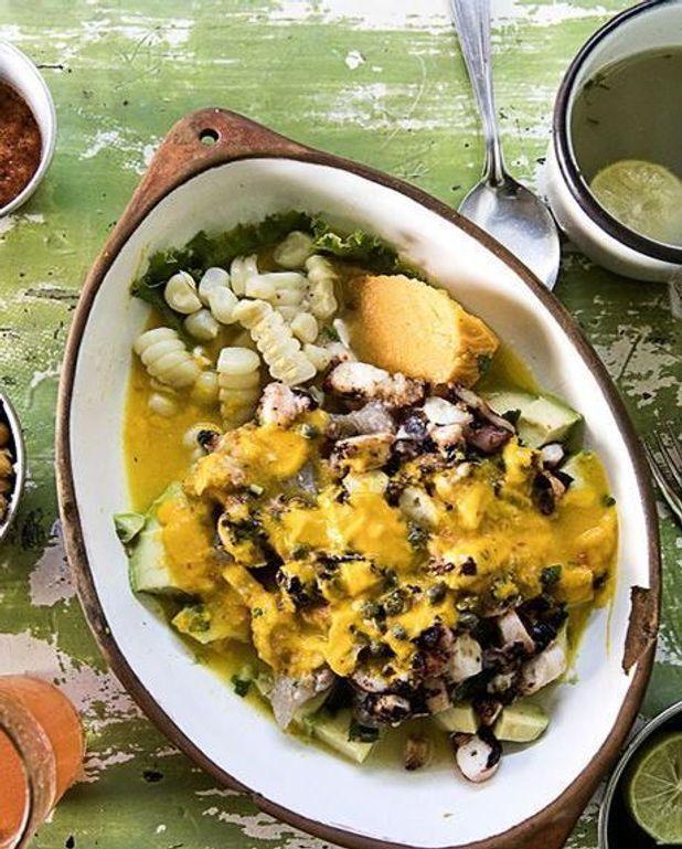 Ceviche de poisson et poulpe au poivron jaune