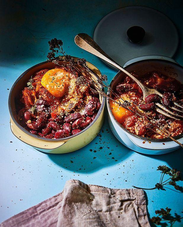 Chakchouka gratinée aux œufs et haricots rouges