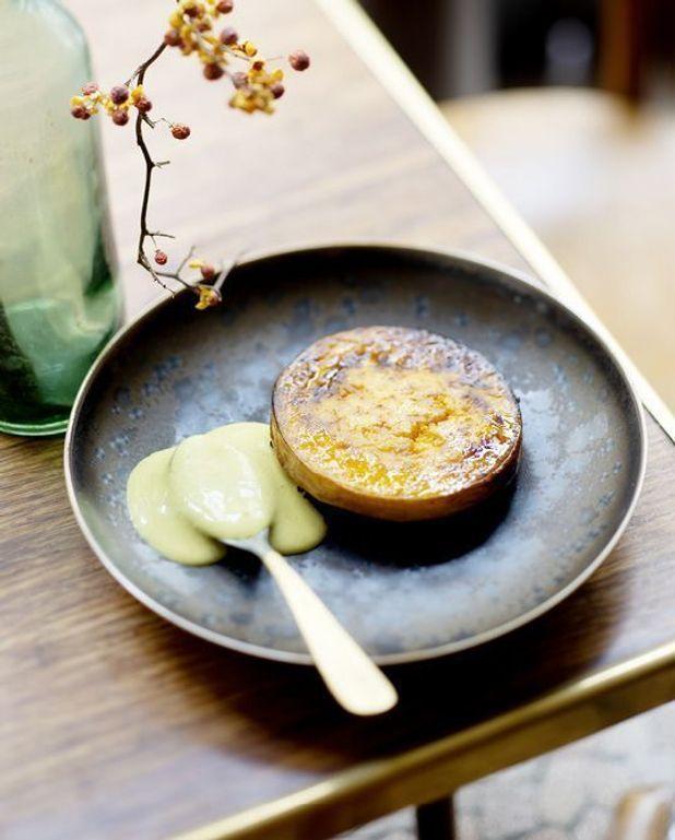 Courge longue de nice, riz noir crémeux et sauce curry-coco