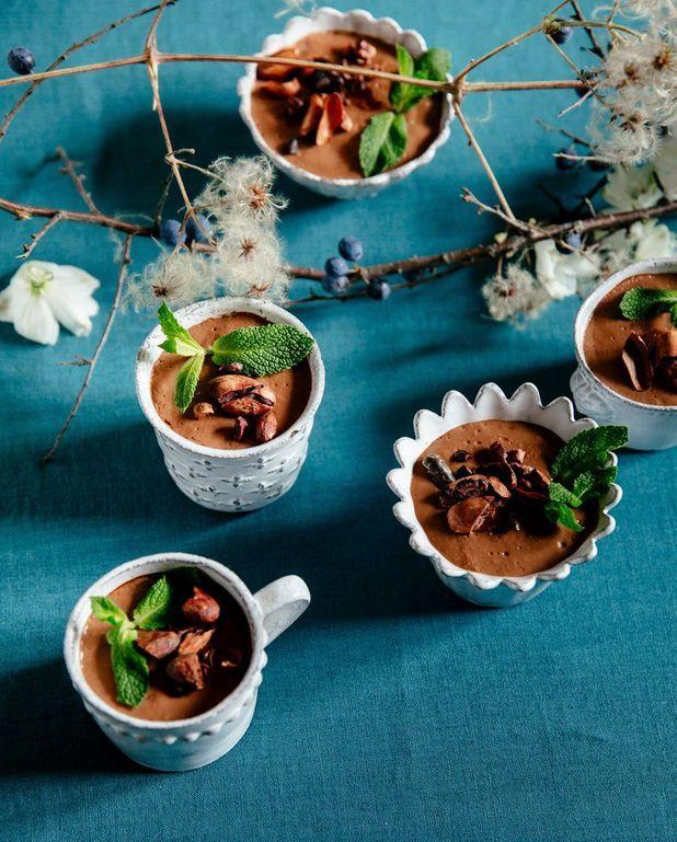 Crème à la mangue et au cacao cru