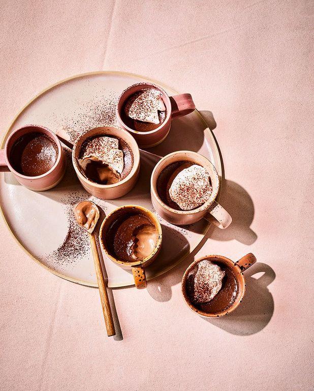 Crème au chocolat au lait, cardamome noire
