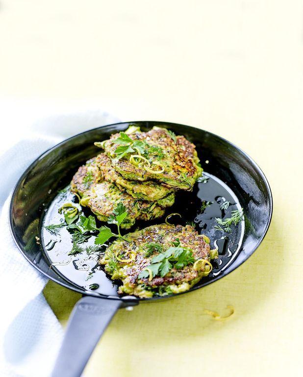 Galettes de légumes verts au fromage et aux fines herbes