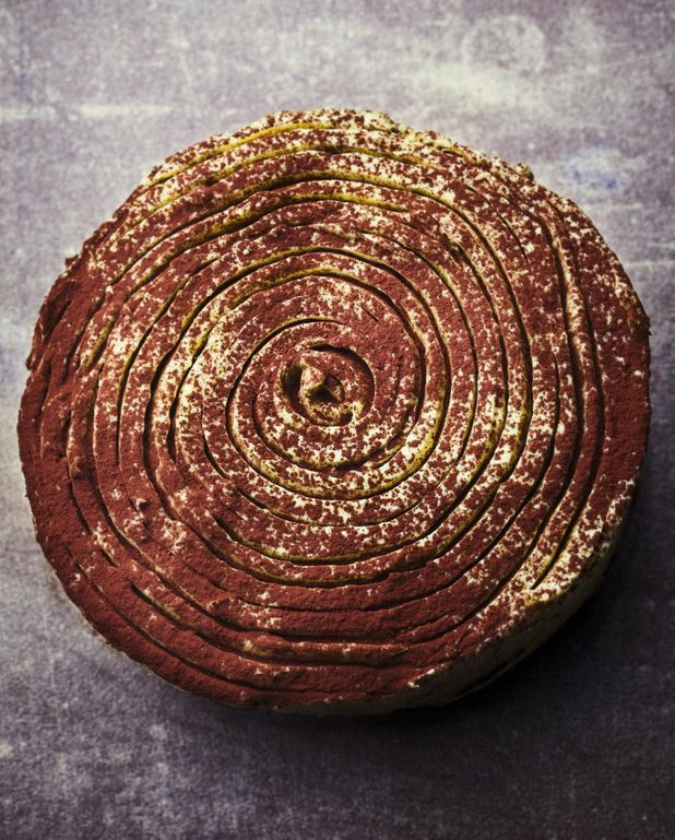 Gâteau au chocolat et glaçage pistache