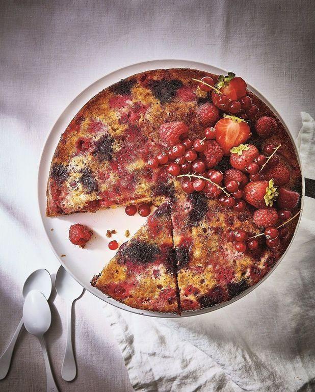 Gâteau suprême aux fruits rouges