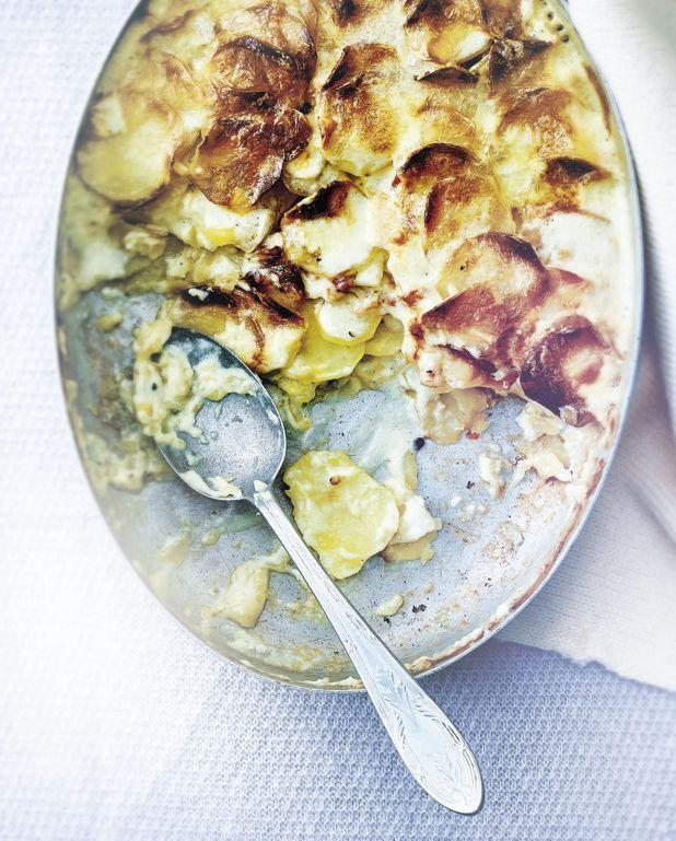 Gratin de pommes de terre au vin blanc et au mont d'or
