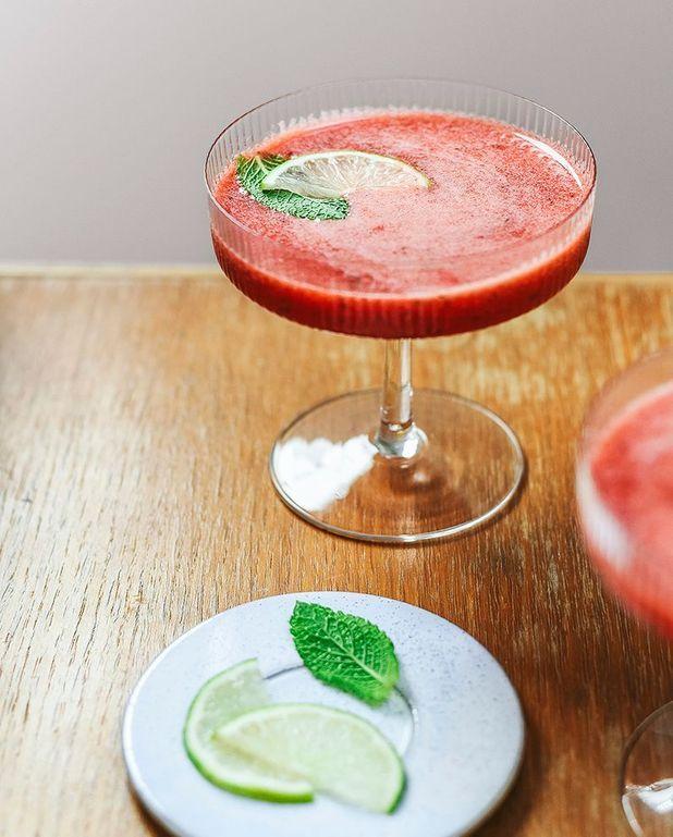 Mocktail fraises, miel, citron vert