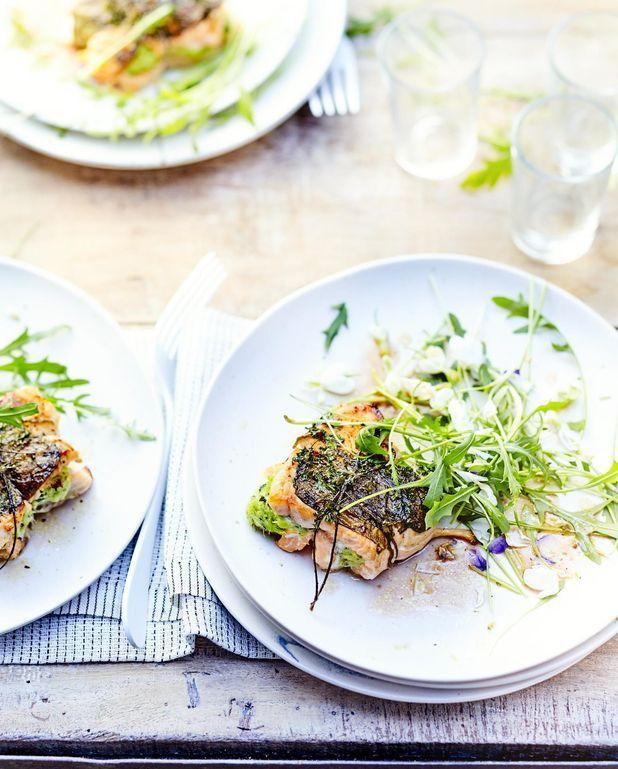 Pavés de saumon farcis et oseille grillée