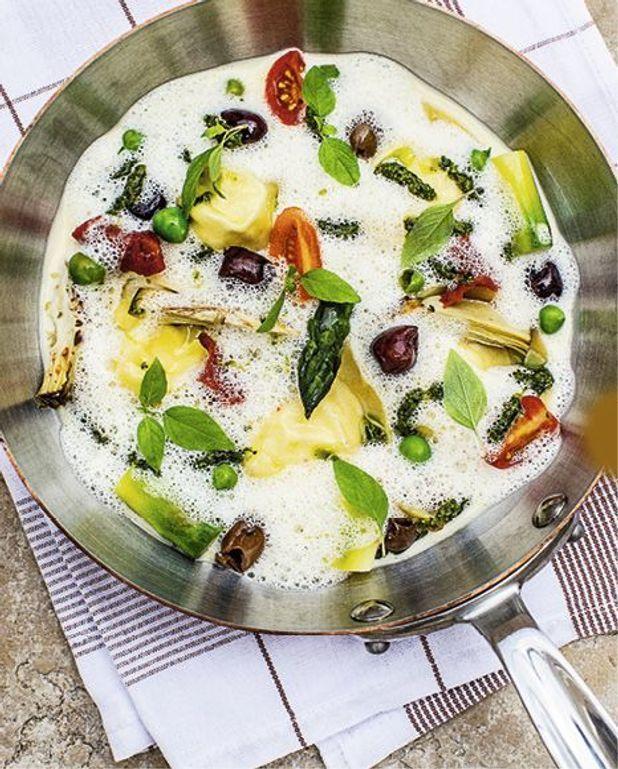 Ravioles de fromage de chèvre, petits légumes du jardin
