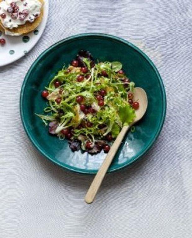 Salade de maquereau fumé aux groseilles