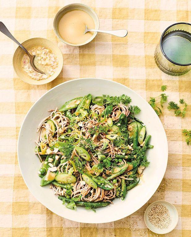 Salade de soba et légumes marinés
