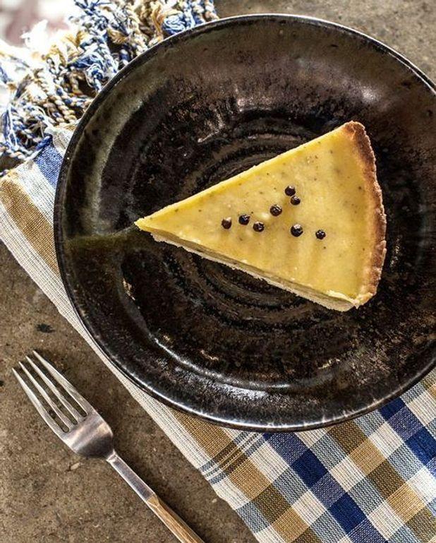 Tarte à la crème de citron vert et au poivre blanc