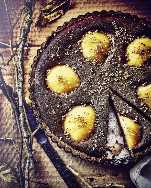 Tarte aux poires, crème de marron et farine de châtaigne