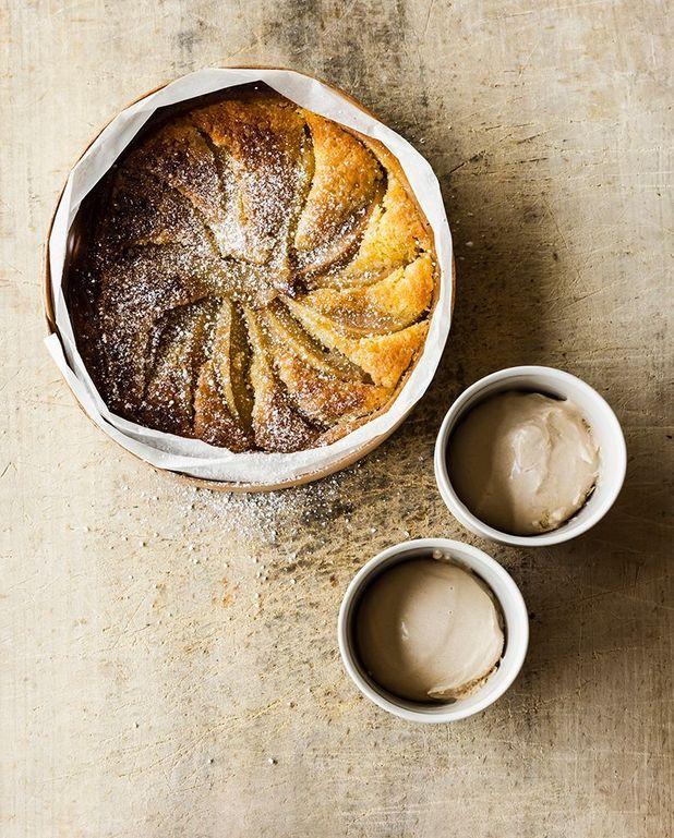 Tarte aux poires, pâte noisette, et crème d'amande