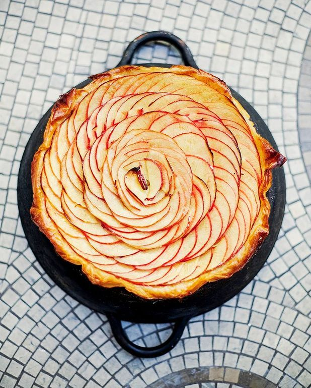 Tarte fine aux pommes, pâte filo, et compote de citron