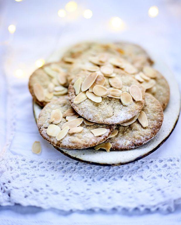 Biscuits aux amandes, flocons d'avoine et farine de lin