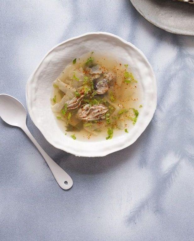 Bouillon aux huîtres et saké