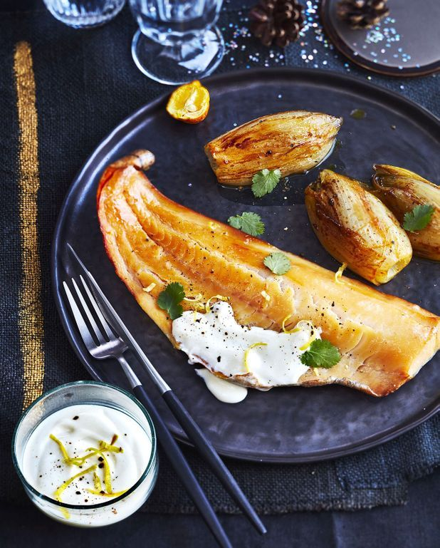 Haddock poché au lait, endives braisées à l'orange et sauce yuzu