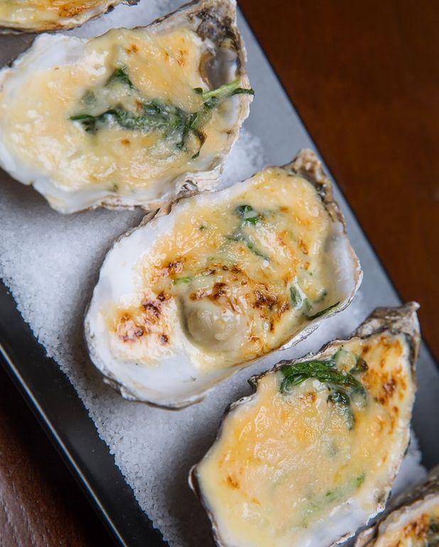 Huîtres gratinées, champagne et parmesan